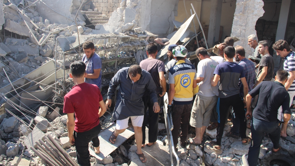 Russian airstrike on Idlib market kills dozens