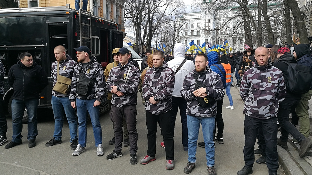 Pris dans la violence de l'Ukraine