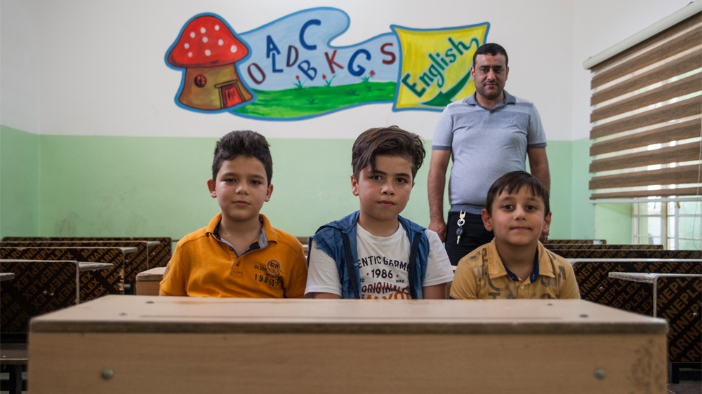 Iraq schoolchildren [Tessa Fox]