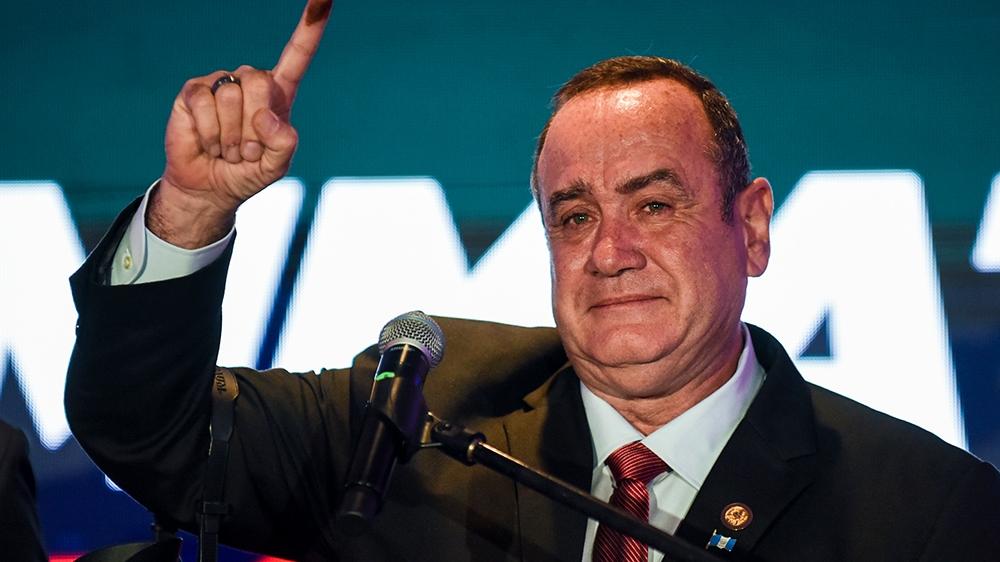 Alejandro Giammattei ha promesso di combattere la corruzione e le 'maras'