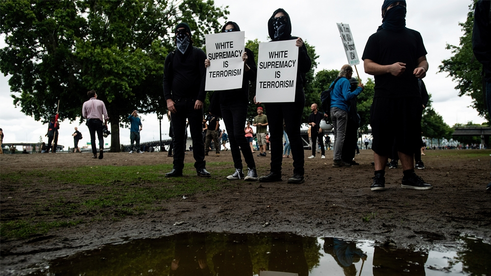 US city of Portland braces for far-right rally, counter protests thumbnail