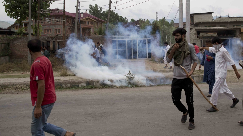 Pakistan says 5 killed by Indian fire in Kashmir