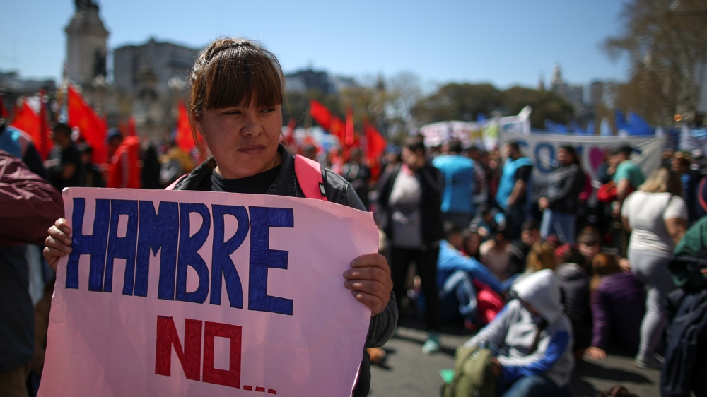'The situation is dire': Argentinians protest over food crisis