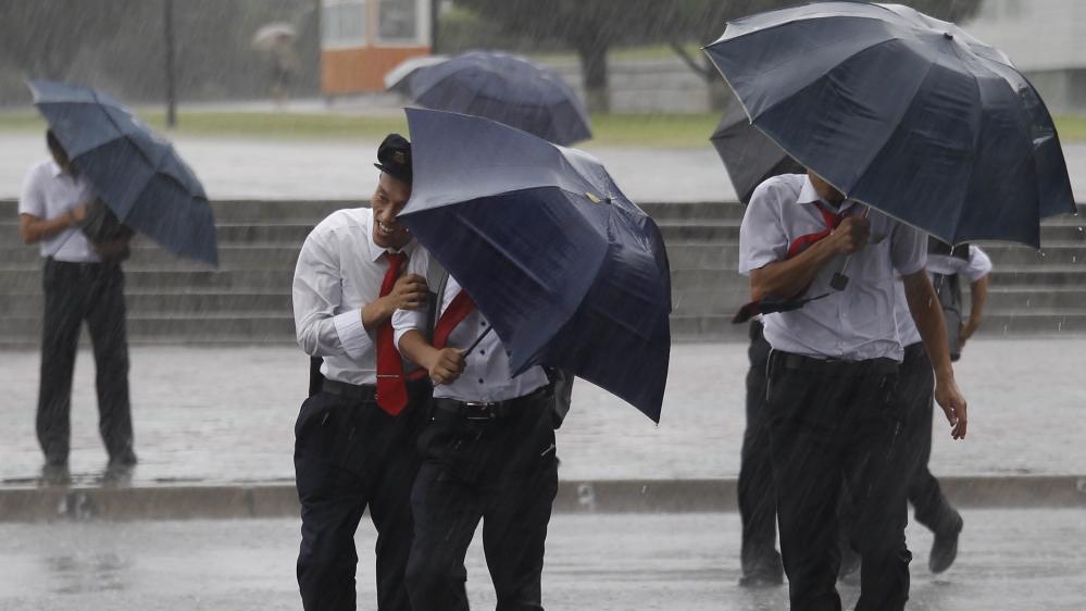 Several dead as Typhoon Lingling hits North Korea