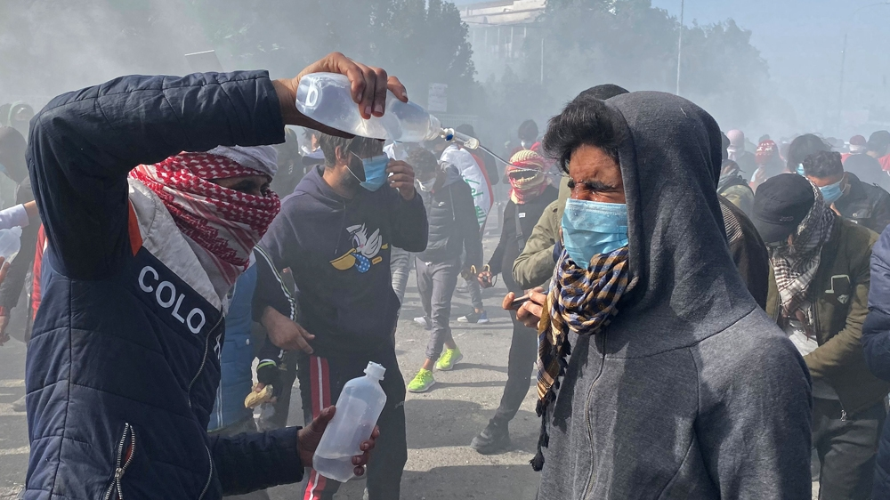 Rockets 'hit US embassy' in Iraq capital amid anti-gov't protests