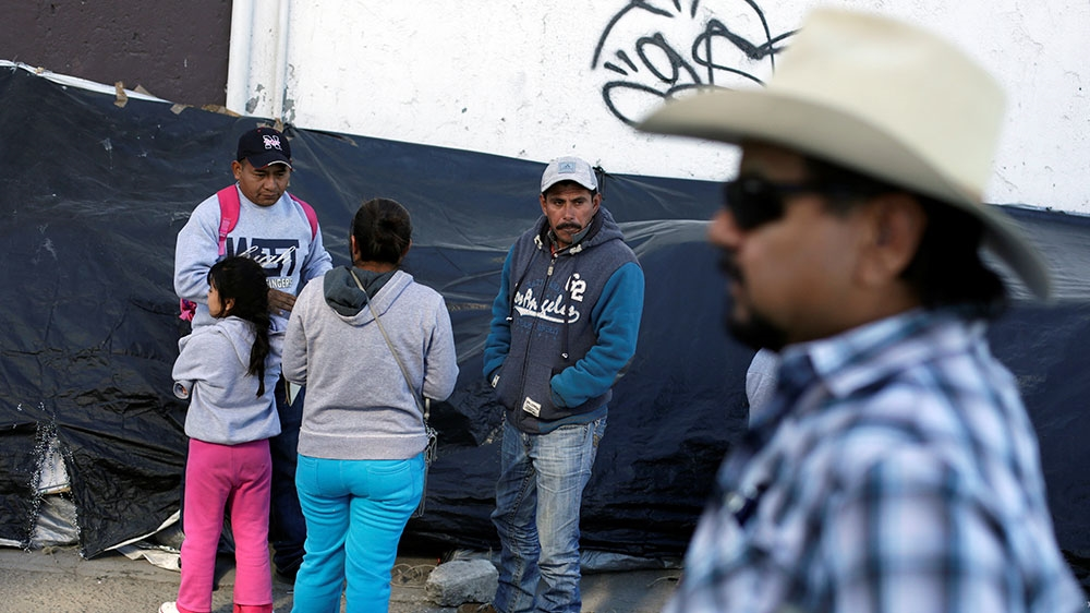 Mexican asylum seekers fear deportation to Guatemala thumbnail