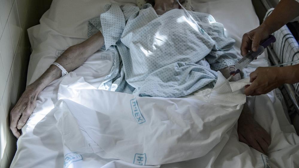 Spain set to decriminalise euthanasia