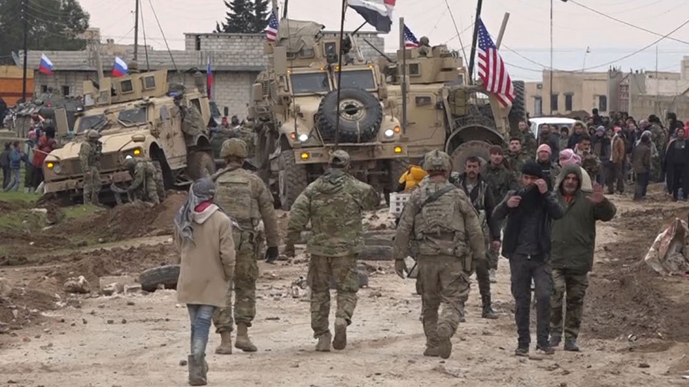 US helicopters attack Syrian army checkpoint: State media thumbnail