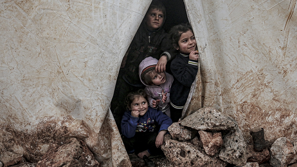 'Breaking point': Babies dying in freezing cold amid Idlib push thumbnail