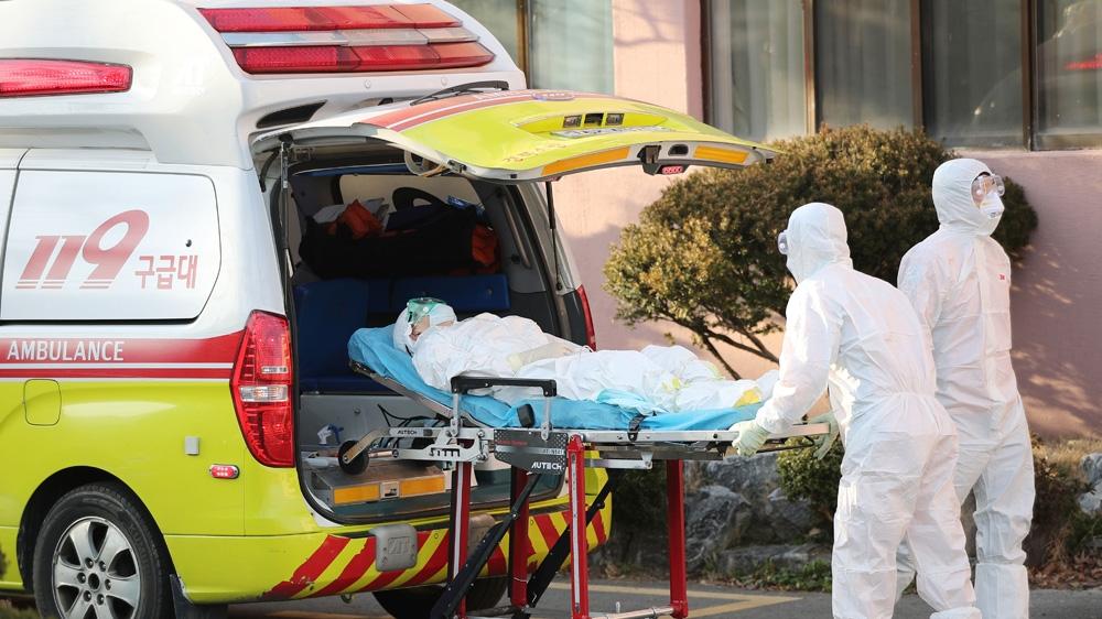 International fears grow with virus deaths in Italy, South Korea - Al Jazeera English