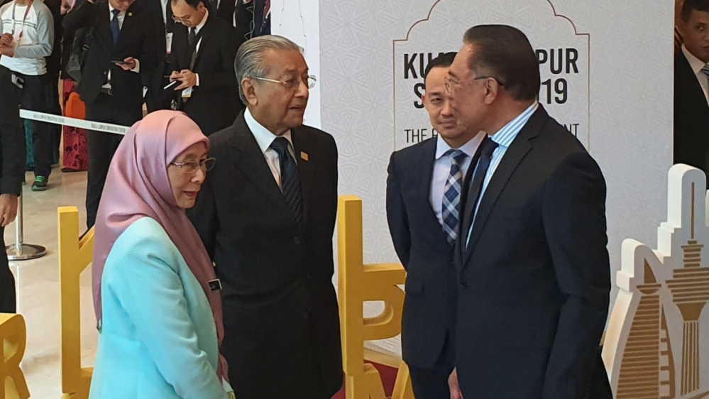 Malaysian politics in turmoil: Is Mahathir-Anwar alliance over? thumbnail