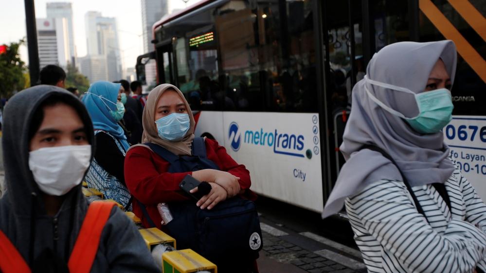 Will warmer weather slow the spread of coronavirus? thumbnail