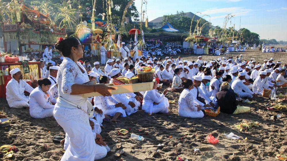 Fears Bali will emerge as Indonesia's coronavirus hotspot thumbnail
