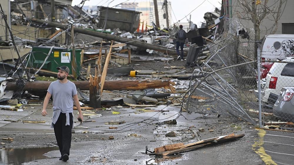 'Felt like a train hit': Tornadoes kill at least 23 in Tennessee thumbnail
