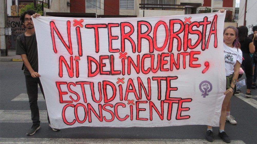High school students lead protest resurgence in Chile thumbnail