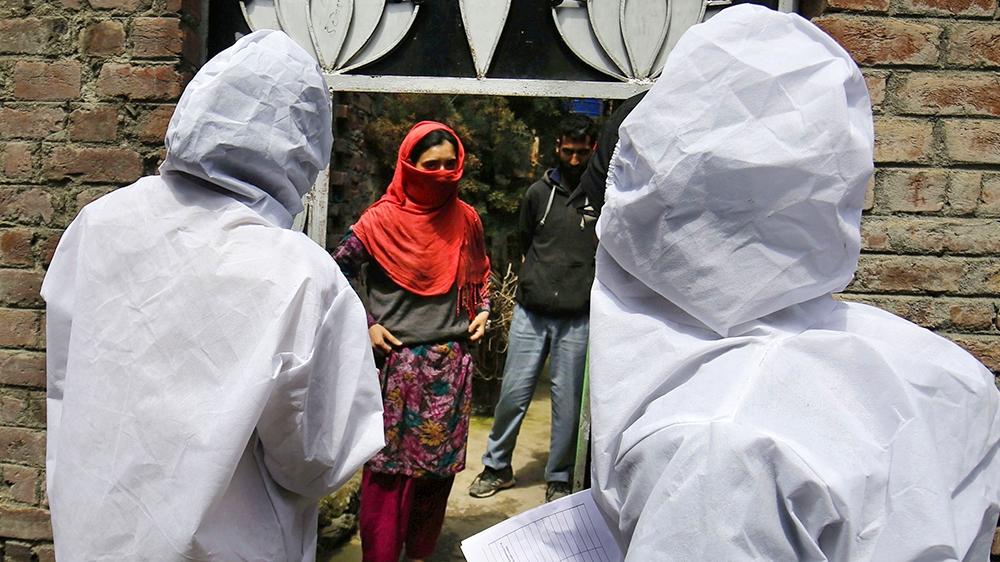 Coronavirus: Kashmiris fear for safety of kin in 'cramped' jails thumbnail