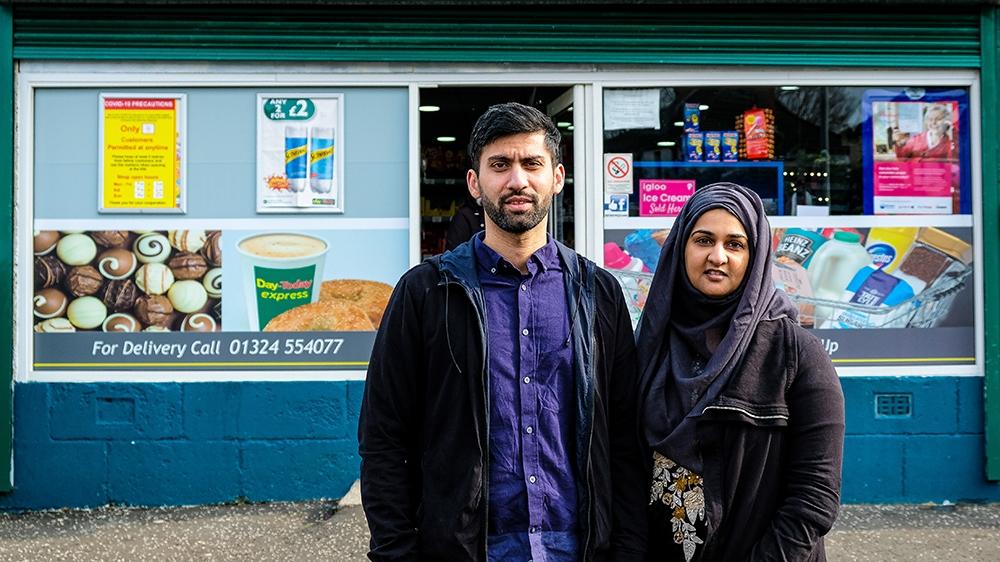 The Scottish Muslim couple winning hearts amid coronavirus crisis thumbnail