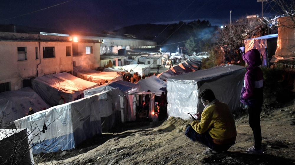 Fire tears through Greece refugee camp after coronavirus protest thumbnail