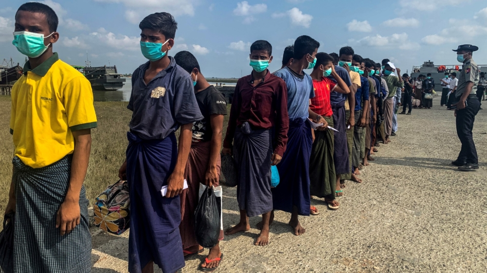 Emergency teams race to contain virus spread in Rohingya camps