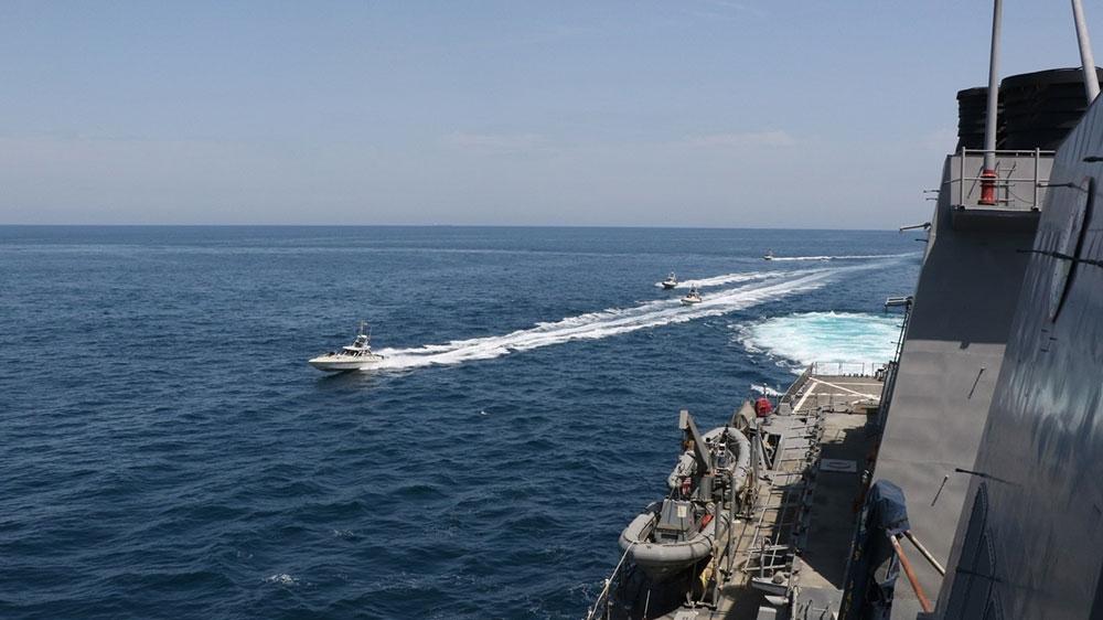 Eying Iran, US warns to stay 100 metres away from its warships thumbnail