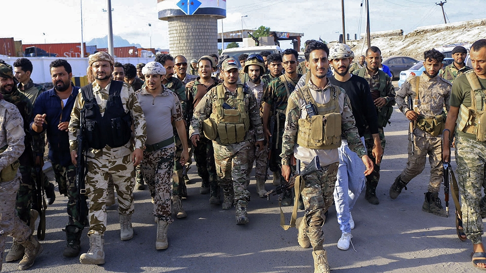 Fighters with Yemen's separatist Southern Transitional Council (STC) deploy in the southern city of Aden, on April 26, 2020, after the council declared self-rule in the south. - Yemeni separatists dec