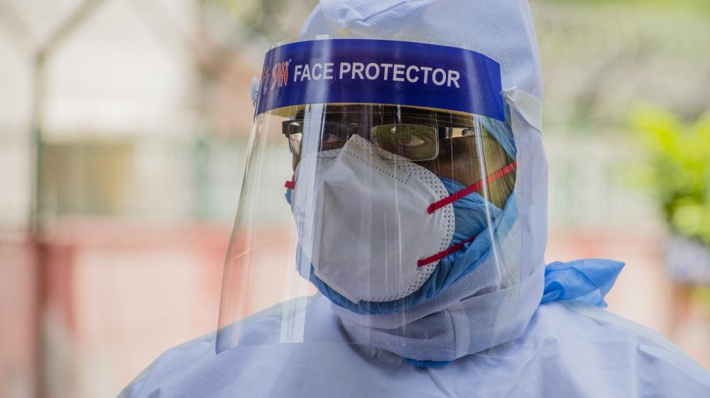 India Imposes Nationwide Lockdown To Contain The Coronavirus