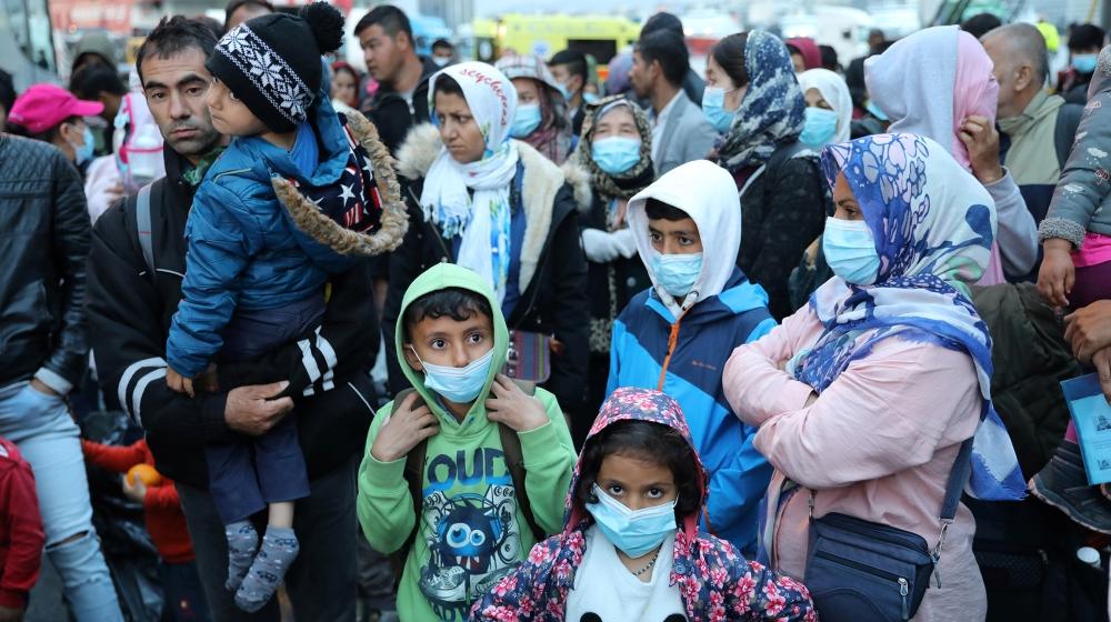 Greece extends coronavirus lockdown at refugee camps thumbnail