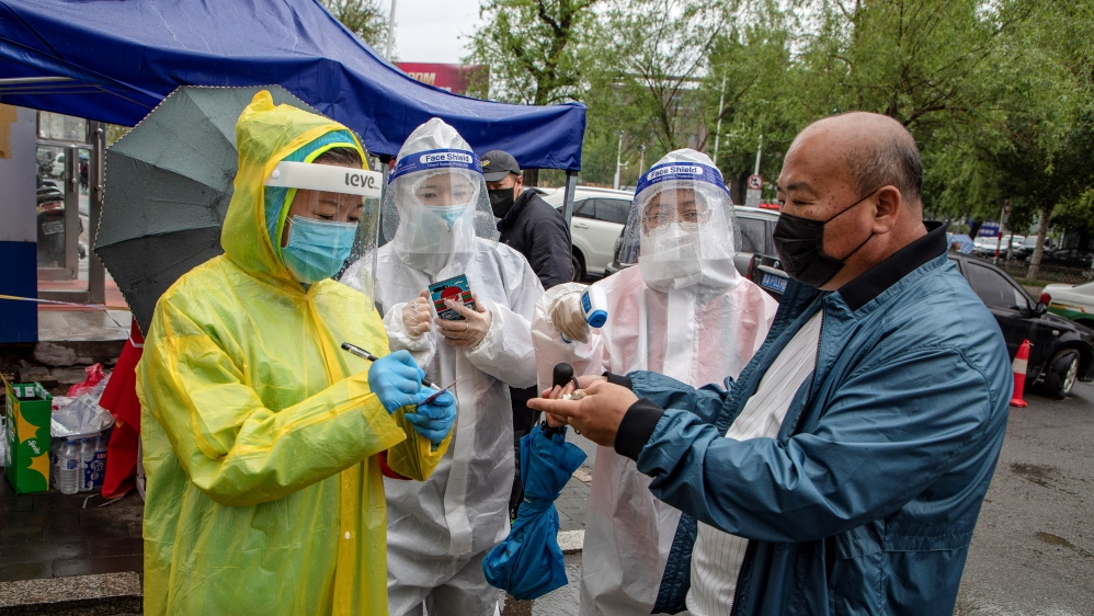 China logs no new coronavirus cases for first time: Live updates thumbnail