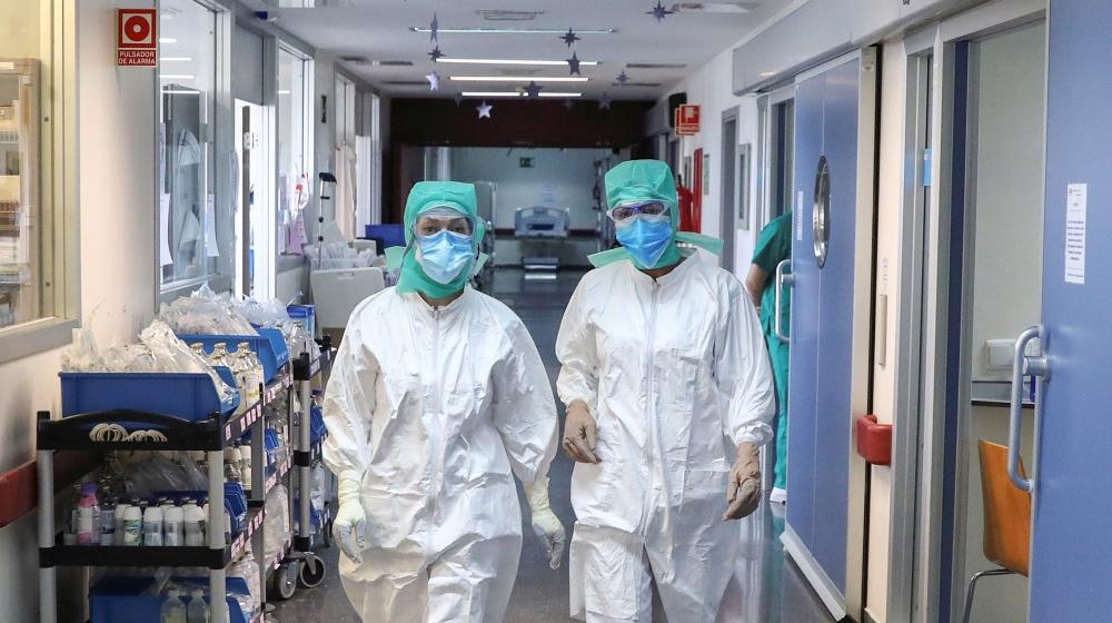 Spain daily coronavirus deaths reach six-week low: Live updates thumbnail