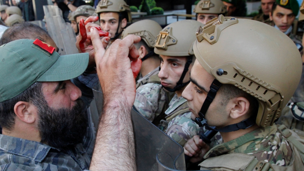 Lebanese army denies beating, electrocuting detained protesters thumbnail