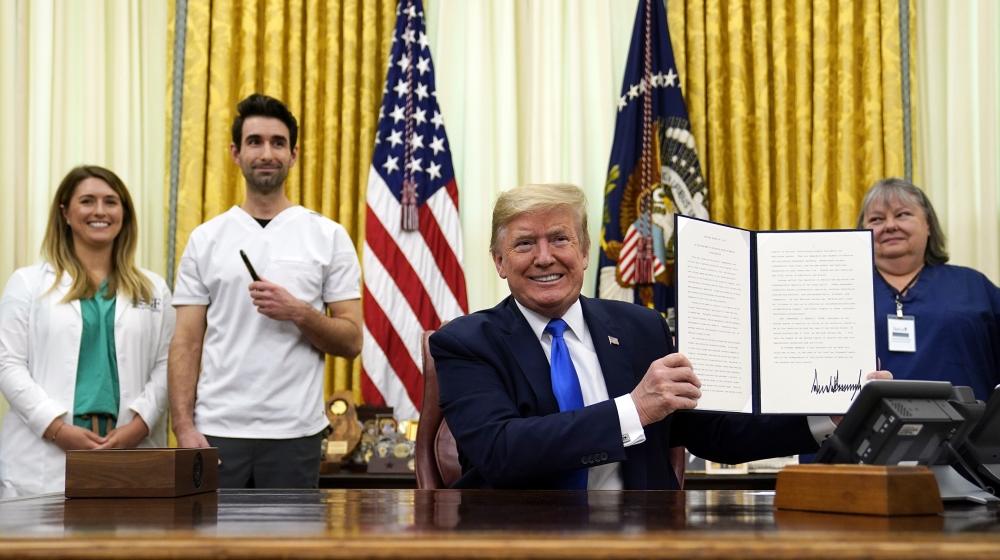 Trump says coronavirus taskforce to continue work: Live updates thumbnail
