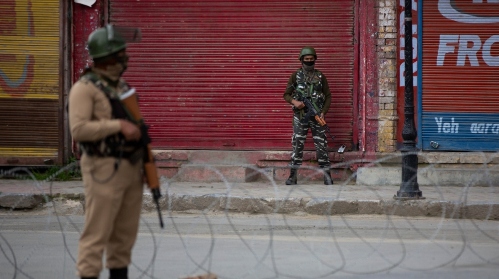 Kashmir clashes continue for third day over killing of top rebel thumbnail