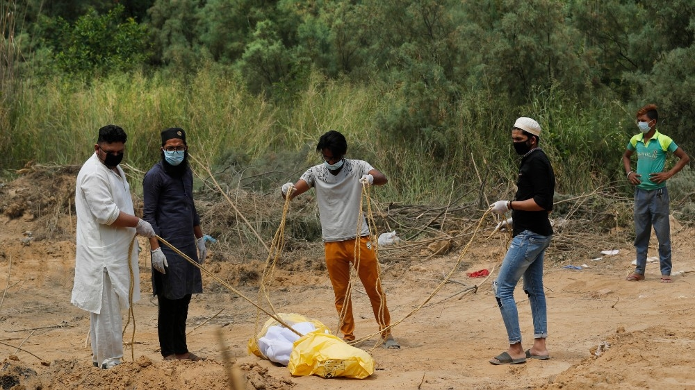 india covid burial