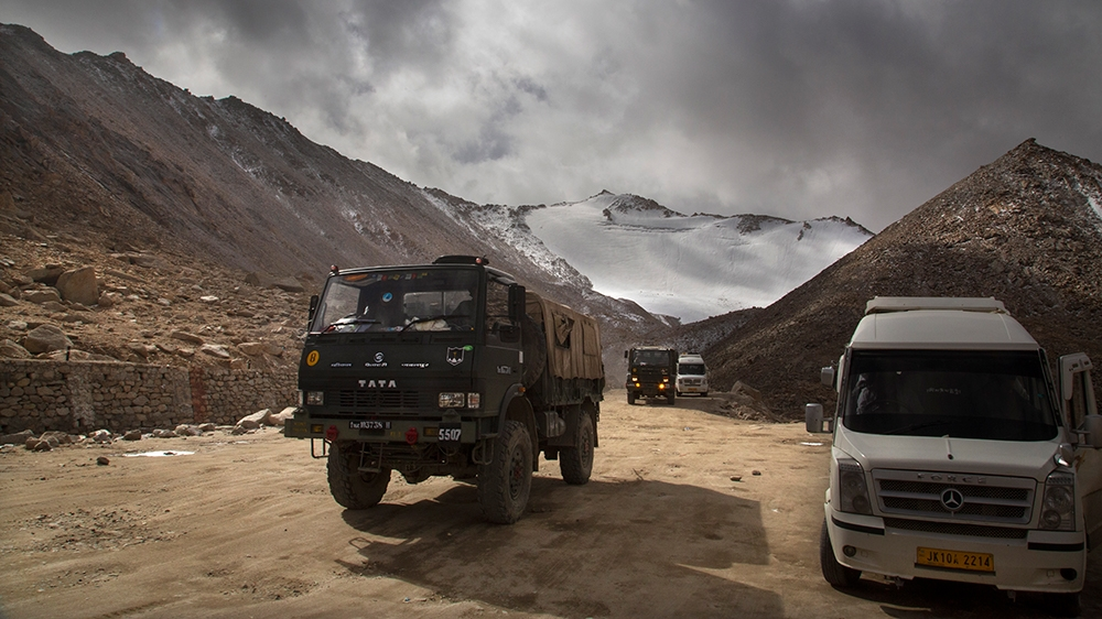 China says Indian forces crossed border, fired warning shots thumbnail