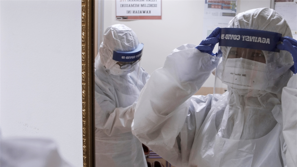 Malaysian Healthcare Workers Make Homemade PPE To Tackle The Coronavirus Pandemic