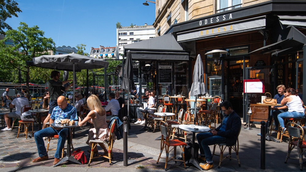 Reopening of cafe terraces in Paris