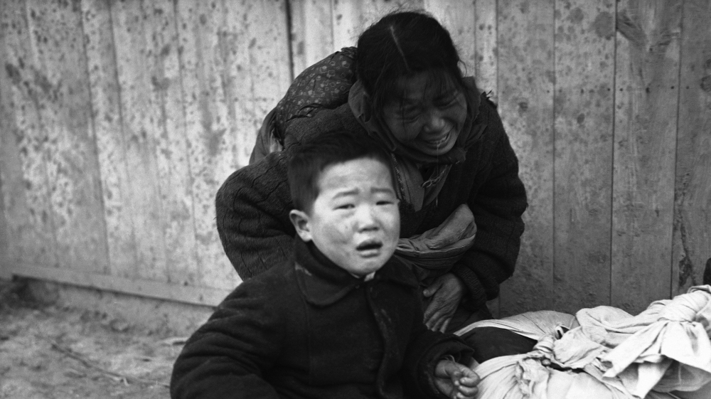 Assassinations, nuclear tests, hugs: 70 years of the Korean War thumbnail