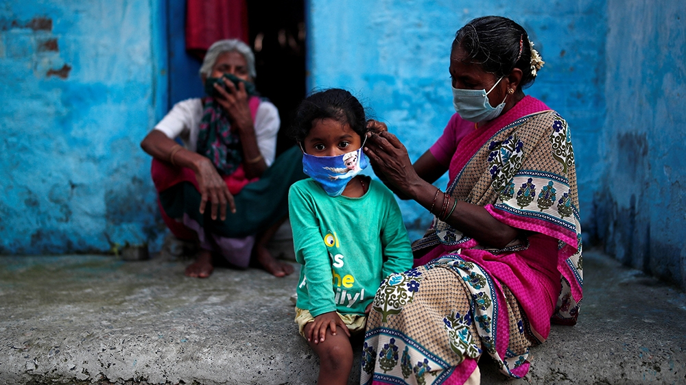 How the coronavirus crisis exposes India's social inequalities - Al Jazeera English