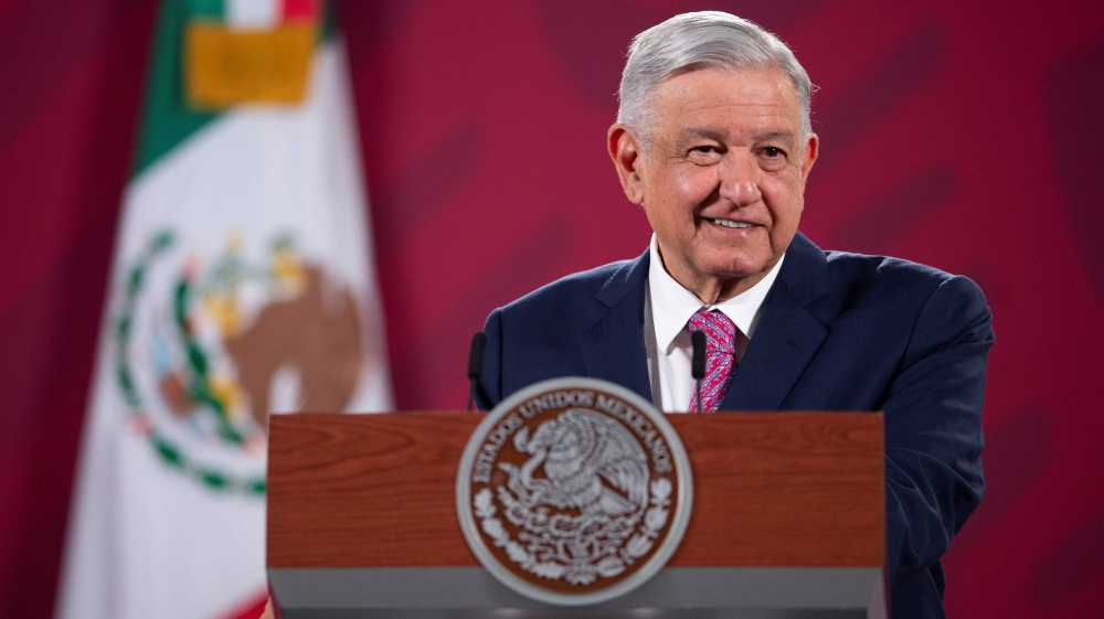 AMLO cover