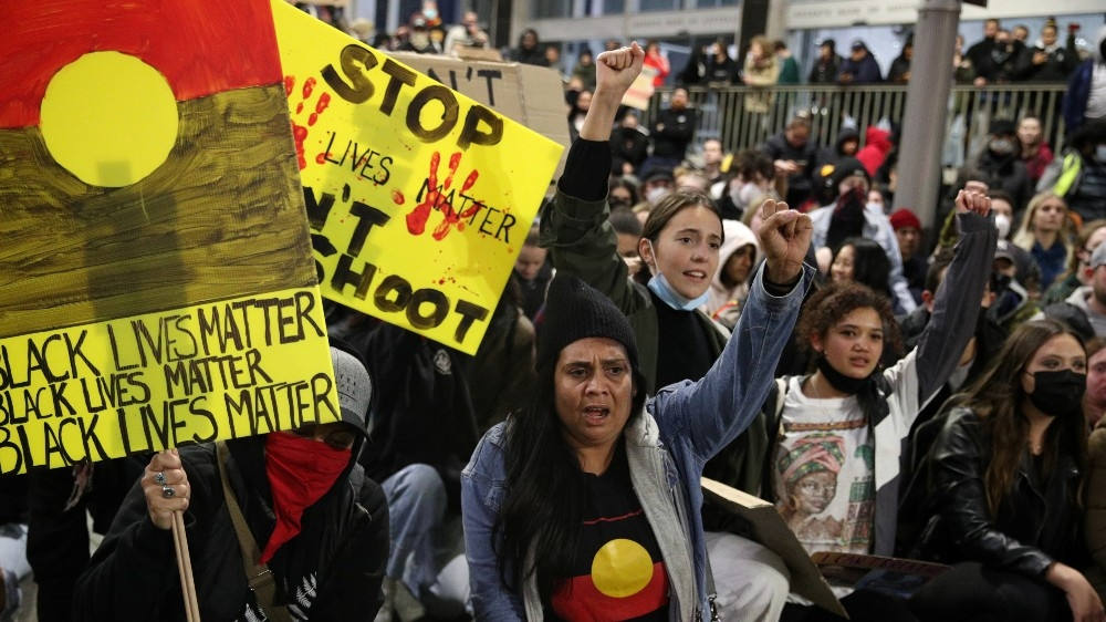 Australians urged to stay away from Black Lives Matter protest thumbnail