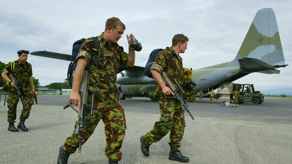 New Zealand military buys five Lockheed Hercules planes for $1bn thumbnail