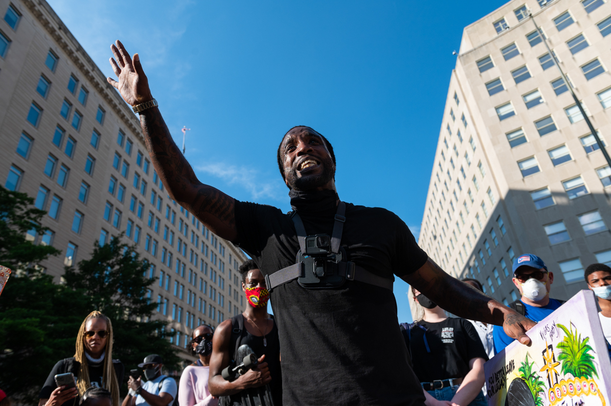 Mike D'angelo speaks to a crowd surrounding him near Lafayette Park adjacent to the White House during a demonstration against racism and police brutality, in Washington, DC on June 6, 2020. - Demonst