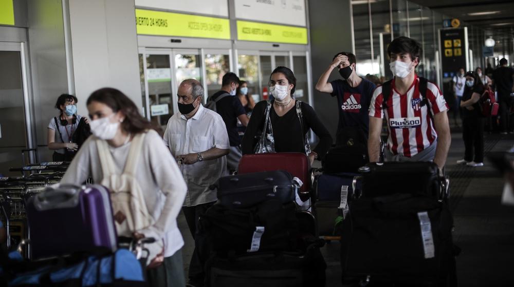 EU reopens its borders to 15 countries: Live coronavirus updates thumbnail