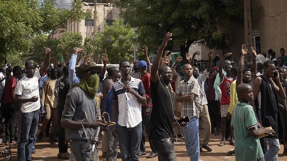 West African Leaders On High Stakes Mission To End Mali Standoff Mali News Al Jazeera