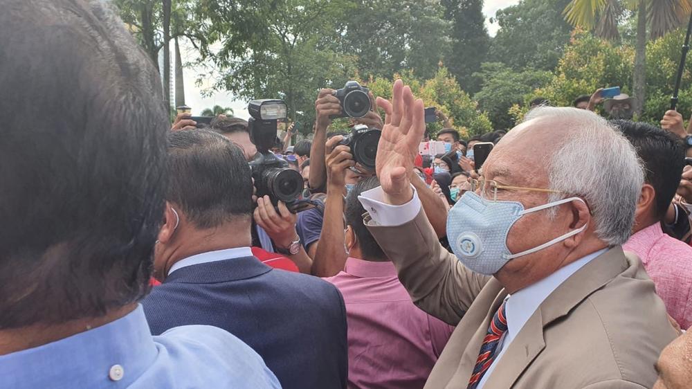 Najib faces 1MDB verdict as Malaysian political ground shifts – Al Jazeera English