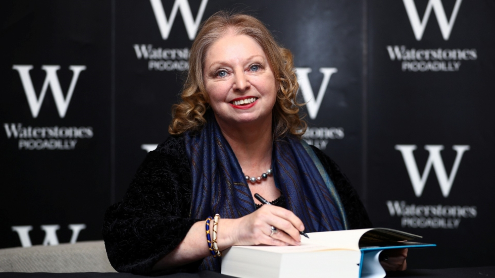 Hilary Mantel, Tsitsi Dangarembga among Booker Prize contenders thumbnail