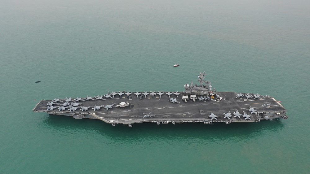 US plane carriers conduct army drills in South China Sea thumbnail