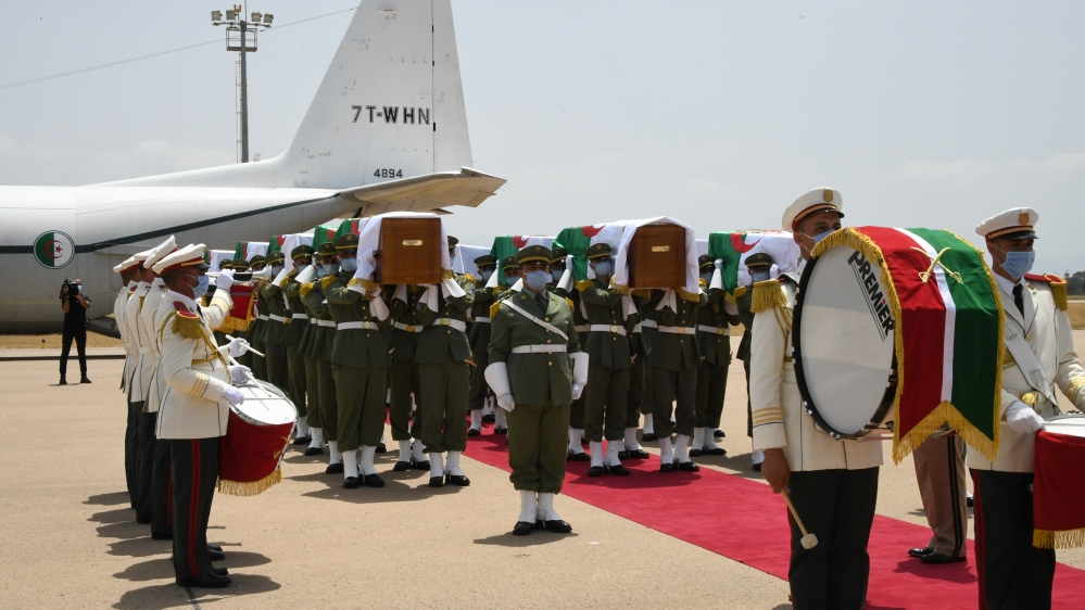Algeria receives remains of fighters from France