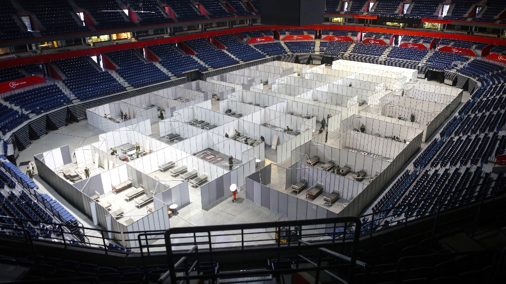 SERBIA-HEALTH-VIRUS  Serbian army soldiers prepare a makeshift field hospital to accommodate patients infected by COVID-19 inside the Belgrade Arena, on July 6, 2020.