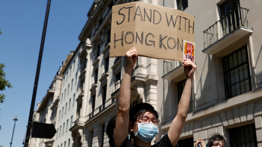 Hong Kong 'issues arrest warrants' for exiled democracy activists thumbnail